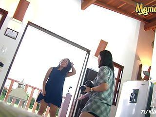 Mamacitaz - sexy latin chick lesbos has sex revenge and squirts