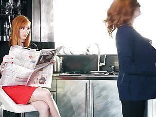 Redhead lesbos -jessica rex- -lauren phillips- receive it on