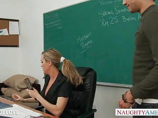 Blond teacher brandi love riding jock in classroom