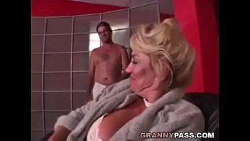 Breasty grandma is getting her fur pie screwed